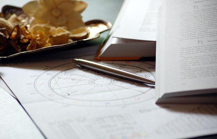 高島康司の進化への扉/第26回 占星術の「ボーボルドサイクル」から見た未来